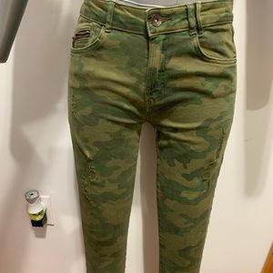Zara trafaluc militar stretch pants